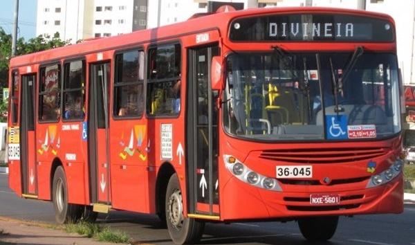 Rodoviários decidem parar empresa de ônibus Primor em São Luís.