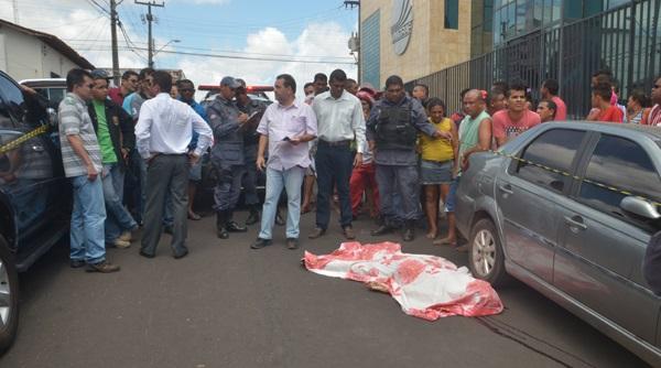 ASSALTANTE TENTA ROUBAR POLICIAL FEDERAL E É MORTO A TIROS NO SÃO FRANCISCO.