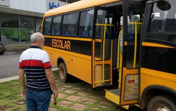 A Prefeitura de Cachoeira Grande adquiriu esta semana três micro ônibus Volare zero km completo para educação.