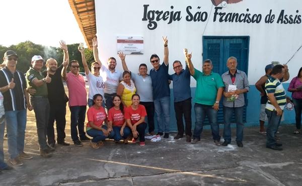 Prefeito George Luiz e a equipe do governador Flávio Dino inaugura Rua Digna no povoado Cassó em Primeira Cruz.