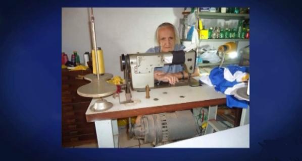 A costureira Ana Maria da Mota Barros, de 84 anos.
