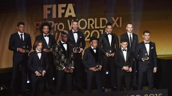 A seleção do ano da Fifa, com quatro brasileiros, três deles defensores.