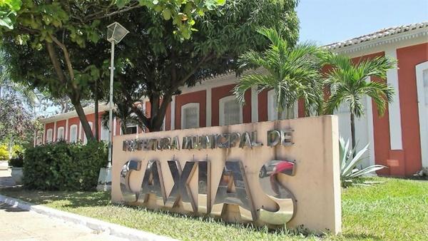 Prefeitura de Caxias-MA abre concurso público com mais de 1.100 vagas para cargos de nível fundamental, médio e superior.