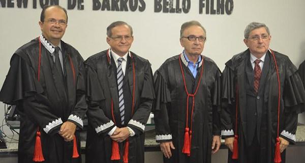 Caldas Furtado é aclamado para a presidência do TCE-MA.