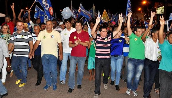 Caminhada pelas ruas de Bacabeira.