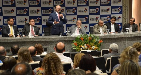 Carlos Brandão, governador em exercício, confirmando a importância da mobilização de todos os agentes públicos contra o vetor.