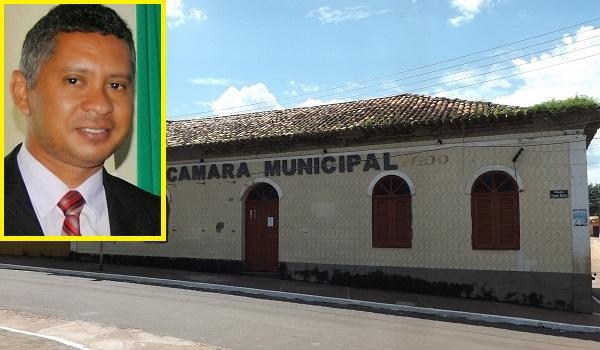 CARLOS PEREIRA É O NOVO PRESIDENTE DA CÂMARA DE VEREADORES.