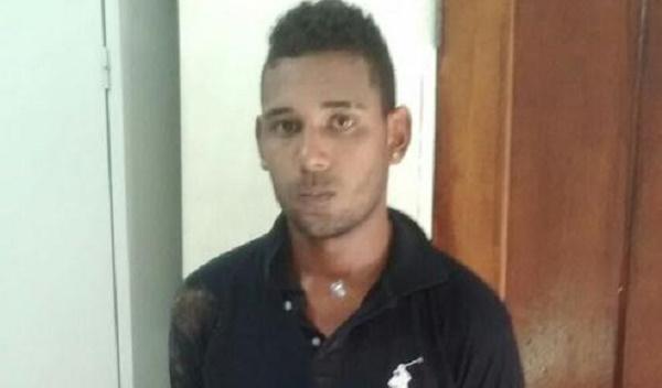 Clésio Ricardo dos Santos, 21.