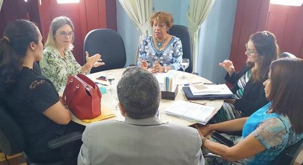 Corregedora Anildes Cruz recebeu a juíza Cristiana Ferraz.