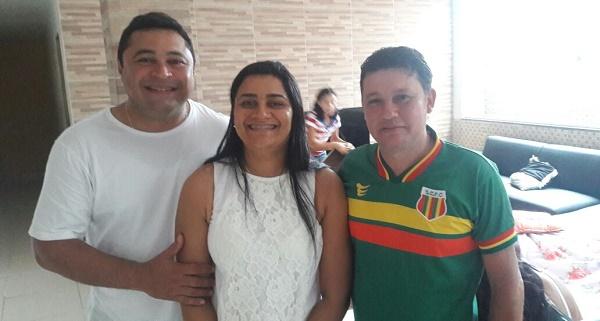 DANILO, PREFEITA ROBERTA E O VEREADOR MIGUEL CAMPOS.