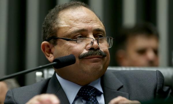 REJEITADO: Presidente nacional do PT barra filiação de Waldir Maranhão.
