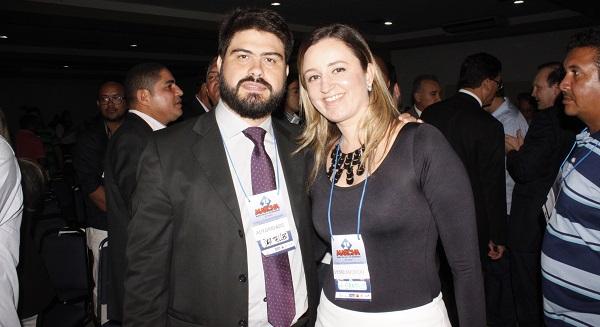 DIRETOR DA CAEMA DAVI TELLES E A VEREADORA GARDÊNIA DE HUMBERTO DE CAMPOS.