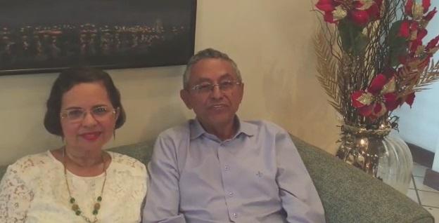 DR. Amilcar Rocha e família deseja um Feliz Natal e 2018 de muita paz e saúde a todos os barrinheirenses.