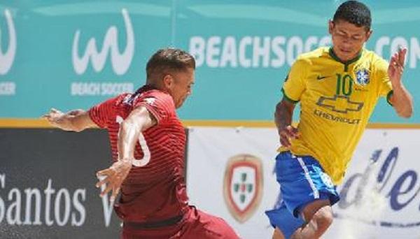 Datinha de Tutóia contribui na seleção do Brasil para vencer Portugal e leva a 12ª taça do Mundialito de futebol de areia.