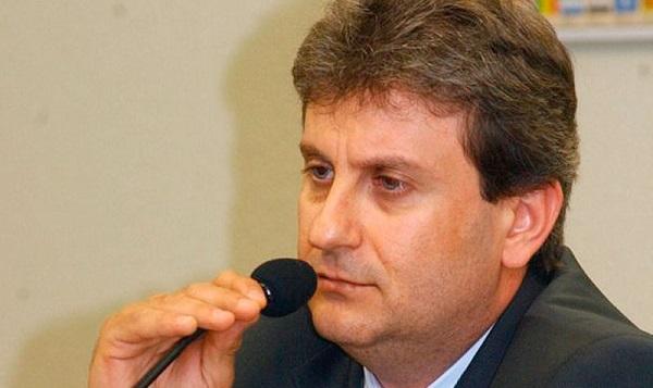 Doleiro Alberto Youssef confirmou que pagou propina a João Abreu.