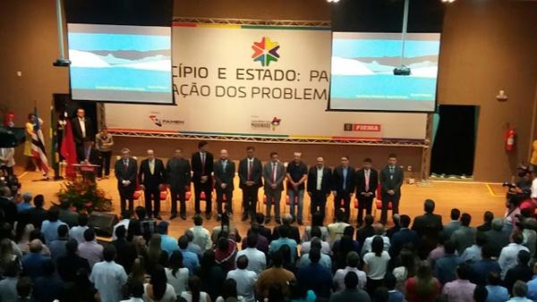 Governador Flávio Dino atende Famem e autoriza municípios na gestão plena da saúde.