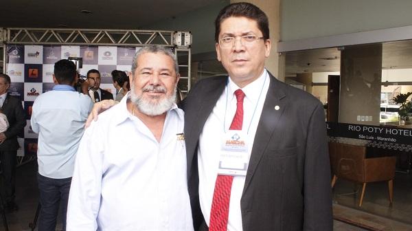 EX-PREFEITO JOÃO NETO E O SECRETÁRIO DE SEGURANÇA JEFFERSON PORTELA.