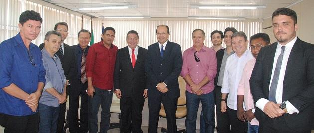 TCE e FAMEM firmam parceria.