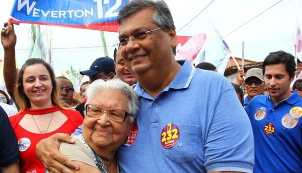 Flávio Dino realiza grande caminhada em Humberto de Campos.