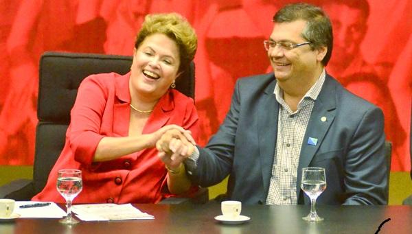 Flávio Dino disse que se manterá neutro no segundo turno, mas sua proximidade com a presidente Dilma é grande.