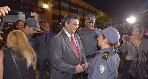 GOVERNADOR FLÁVIO DINO EM SOLENIDADE DE PROMOÇÕES NA PMMA.