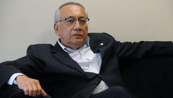 GASTÃO VIEIRA.