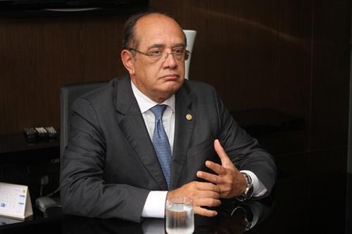 """Gilmar Mendes destaca que há """"falta de transparência"""" no processo de arrecadação dos recursos."""