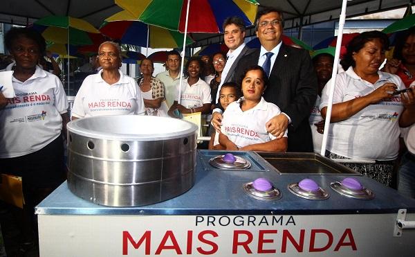 Governador Flávio Dino destacou que mais de 400 trabalhadores informais foram beneficiados apenas na 1ª fase do 'Mais Renda'.