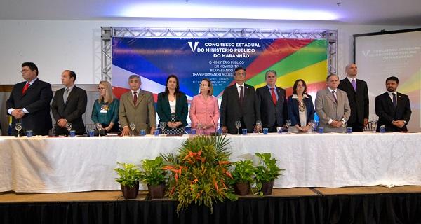 Governador participou da abertura do 5° Congresso do Ministério Público do Maranhão.