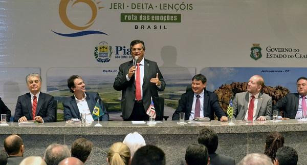 Governadores do Ceará, Camilo Santana, do Maranhão, Flávio Dino, e do Piauí, Wellington Dias, na retomada da Rota das Emoções.