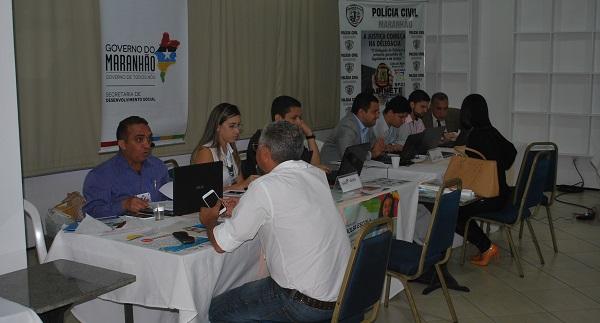 Governo disponibilizou 17 secretarias para atender diversas demandas dos gestores municipais no Rio Poty Hotel.