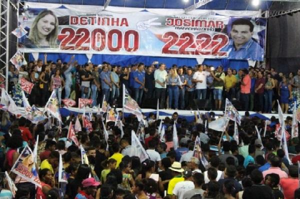 Josimar Maranhãozinho e sua esposa Detinha realizam lançamento das candidaturas em Maranhãozinho.