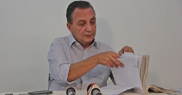 CÂMARA DE VEREADORES DE S.J.RIBAMAR APROVA POR UNANIMIDADE AS CONTAS DO EX-PREFEITO LUÍS FERNANDO.