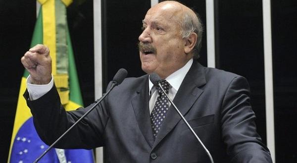 Luiz Henrique morreu em Joinville neste domingo.