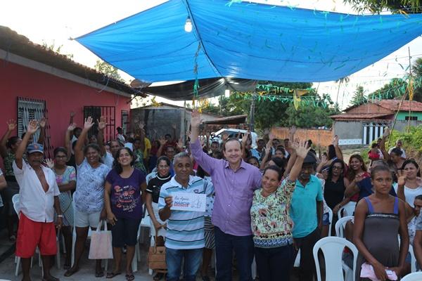 Pescadores e marisqueiras da Grande Ilha agradecem a Márcio Honaiser por melhorias na atividade.