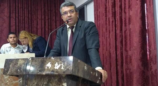Vereador Marcial Lima depois de receber Carta Anuência de desfiliação do Patriota/PEN -51 se filia no PRTB/28.
