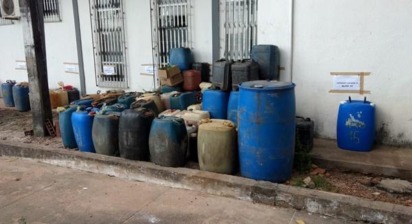 Polícia faz operação contra comércio clandestino de combustível no Maranhão.