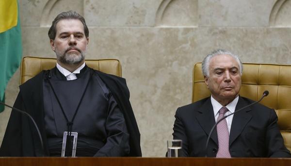 Dias Toffoli toma posse como presidente do Supremo Tribunal Federal.