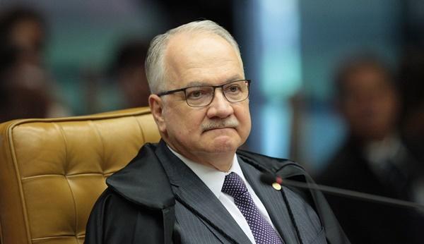 Fachin libera para o plenário do Supremo pedido de liberdade de Lula.