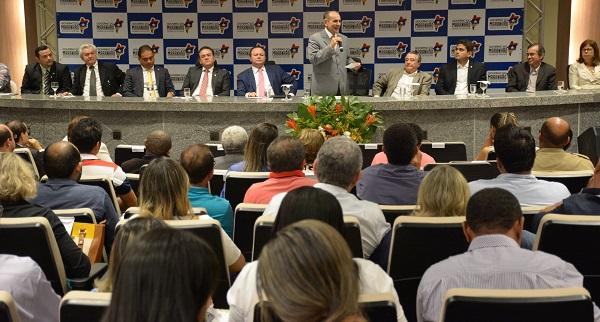 Ministro da Saúde, Marcelo Castro, no lançamento da campanha contra o mosquito Aedes Aegypti no Maranhão.