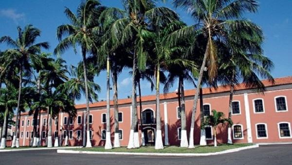 Novos ventos irão balançar as palmeiras da Fundação José Sarney.