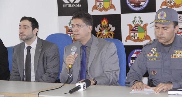 SECRETARIO JEFFERSON PORTELA E O COMANDANTE DA PM  CORONEL ALVES.