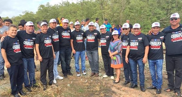 PREFEITOS UNIDOS NO PROTESTO NA BR-135.