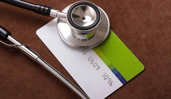 Suspensa a comercialização de 26 planos de saúde a partir de hoje.
