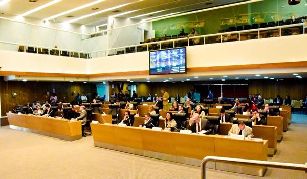 MP e PL aprovados alteram organizações da PMMA e cargos efetivos do CBMMA.