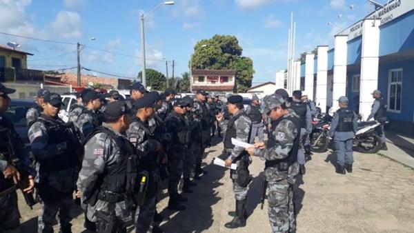 Policia Militar realiza mega operação no bairro Coroadinho.