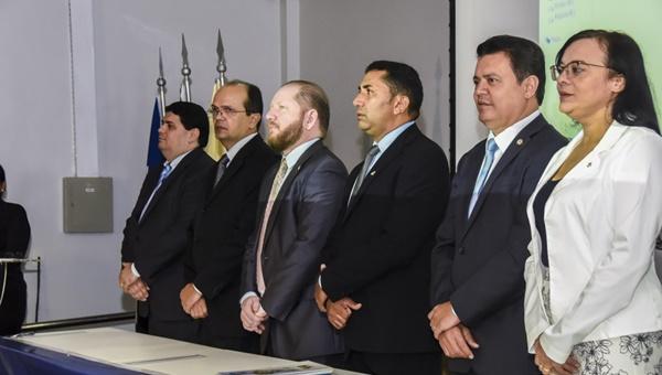 Aprovação da PEC que limita competência do TCE é derrota para Caldas Furtado.