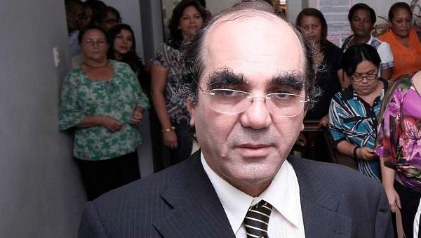 Prof. Moacir Feitosa.