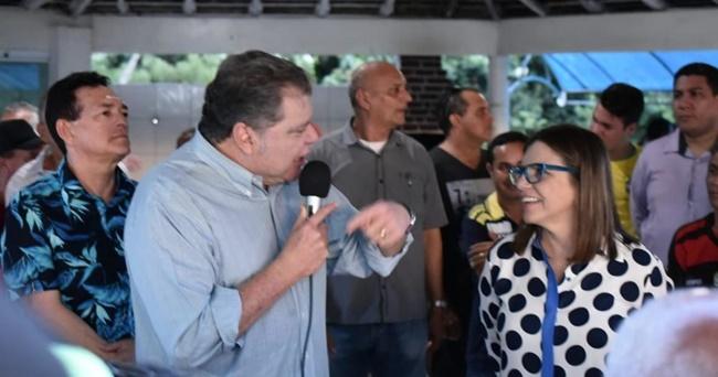 Roseana usa programa para pedir voto ao irmão Zequinha e esquece Lobão.