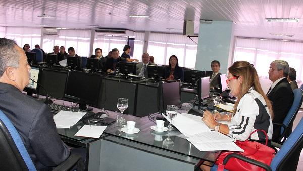 NELMA SARNEY DESTACA AÇÕES DE SEGURANÇA INSTITUCIONAL DURANTE ENCONTRO. width=